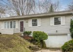 Foreclosed Home in Des Moines 50315 E PLEASANT VIEW DR - Property ID: 4127706231
