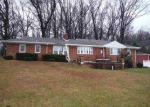 Foreclosed Home in Mechanicsburg 17055 ROSSMOYNE RD - Property ID: 4127856462
