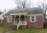 Foreclosed Home in Penns Grove 8069 REGIONAL DR - Property ID: 4128382472