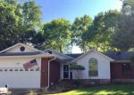 Foreclosed Home in New Braunfels 78130 BEVERLY LN - Property ID: 4128548911