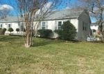 Foreclosed Home in Blountville 37617 SUMMER HILLS DR - Property ID: 4128567290