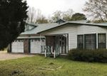Foreclosed Home in Pascagoula 39581 EDEN ST - Property ID: 4128884833