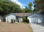 Foreclosed Home in Zephyrhills 33542 GENEVIEVE CIR - Property ID: 4129187916