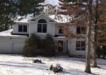 Foreclosed Home in East Stroudsburg 18301 HILLTOP CIR - Property ID: 4129409969