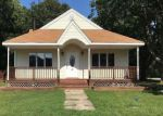 Foreclosed Home in Shirley 11967 HESTON RD - Property ID: 4129503689