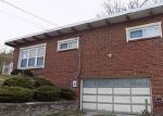 Foreclosed Home in Bethel Park 15102 HORSESHOE DR - Property ID: 4129941213