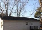 Foreclosed Home in Springfield 37172 MEADOWBROOK DR - Property ID: 4130042836