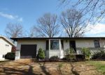 Foreclosed Home in Saint Louis 63129 MARTIGNEY DR - Property ID: 4130214967