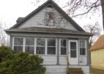 Foreclosed Home in Saint Paul 55106 YORK AVE - Property ID: 4130237735