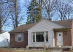 Foreclosed Home in Redford 48240 DELAWARE AVE - Property ID: 4130251299