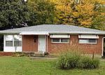 Foreclosed Home in Louisville 40218 GREENWICH RD - Property ID: 4130316561