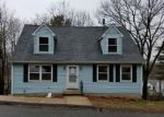 Foreclosed Home in New Haven 06513 HAWTHORNE RD - Property ID: 4130924473