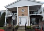 Foreclosed Home in Crystal Lake 60014 GOLF COURSE RD - Property ID: 4131090912