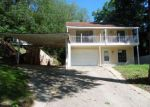 Foreclosed Home in Vicksburg 39180 OAK HILL ST - Property ID: 4131287550