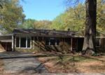 Foreclosed Home in Memphis 38117 SEA ISLE RD - Property ID: 4131535446
