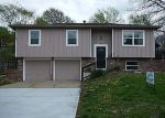 Foreclosed Home in Kansas City 66106 S 32ND ST - Property ID: 4132348324