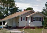 Foreclosed Home in Central Islip 11722 E ELM ST - Property ID: 4132614618