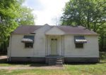 Foreclosed Home in Memphis 38127 CEDELL DR - Property ID: 4132840160