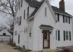 Foreclosed Home in Kenosha 53143 5TH AVE - Property ID: 4133381504