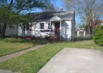 Foreclosed Home in Newport News 23607 HICKORY AVE - Property ID: 4134469881