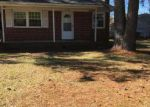Foreclosed Home in Jacksonville 28546 COUNTRY CLUB RD - Property ID: 4134597313