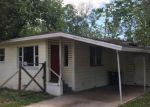 Foreclosed Home in Jacksonville 32210 OLD MIDDLEBURG RD N - Property ID: 4134826381