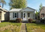 Foreclosed Home in Evansville 47714 JACKSON AVE - Property ID: 4135664668