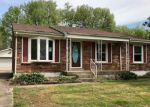 Foreclosed Home in Louisville 40229 LANTANA DR - Property ID: 4135697963