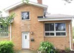 Foreclosed Home in Arlington Heights 60004 N ARLINGTON HEIGHTS RD - Property ID: 4135745242