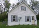 Foreclosed Home in Davenport 52802 W 5TH ST - Property ID: 4135862632