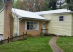 Foreclosed Home in Hendersonville 28739 HARDEN CIR - Property ID: 4135895477