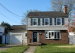 Foreclosed Home in Trenton 08618 CLERMONT AVE - Property ID: 4135911688