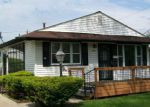 Foreclosed Home in Saginaw 48601 S 19TH ST - Property ID: 4136061467