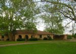 Foreclosed Home in Wharton 77488 LAKE SHORE DR - Property ID: 4136276512