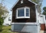 Foreclosed Home in Perth Amboy 08861 CARSON AVE - Property ID: 4136576976