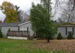 Foreclosed Home in Ellwood City 16117 HANSEN AVE - Property ID: 4136903245