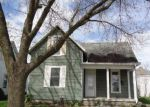 Foreclosed Home in Wapakoneta 45895 PERRY ST - Property ID: 4137285155