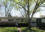 Foreclosed Home in Florissant 63031 VERSAILLES DR - Property ID: 4137966662