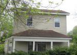 Foreclosed Home in Clinton 52732 19TH AVE N - Property ID: 4138414705
