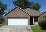 Foreclosed Home in Donaldsonville 70346 EVANGELINE DR - Property ID: 4138484336