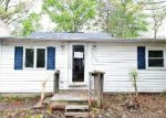 Foreclosed Home in Edgewater 21037 LONGWOOD RD - Property ID: 4138503615