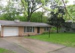 Foreclosed Home in Kansas City 64118 NW OLD PIKE RD - Property ID: 4138553994