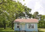 Foreclosed Home in Groves 77619 25TH ST - Property ID: 4138721729