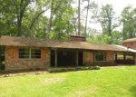 Foreclosed Home in Shreveport 71109 N FAIRWAY DR - Property ID: 4139178975