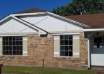 Foreclosed Home in La Place 70068 HERITAGE CV - Property ID: 4139183344