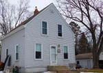 Foreclosed Home in Saint Paul 55109 HENRY ST N - Property ID: 4139435173