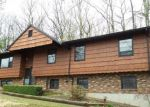Foreclosed Home in New Fairfield 06812 CHESTNUT HILL DR - Property ID: 4139625702