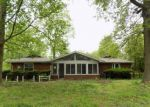 Foreclosed Home in Troy 62294 STAUNTON RD - Property ID: 4139686581