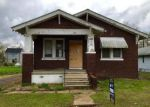 Foreclosed Home in Venice 62090 ROBIN ST - Property ID: 4139690520