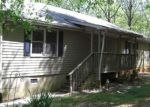 Foreclosed Home in Taylors 29687 PACKS MOUNTAIN RIDGE RD - Property ID: 4140066747